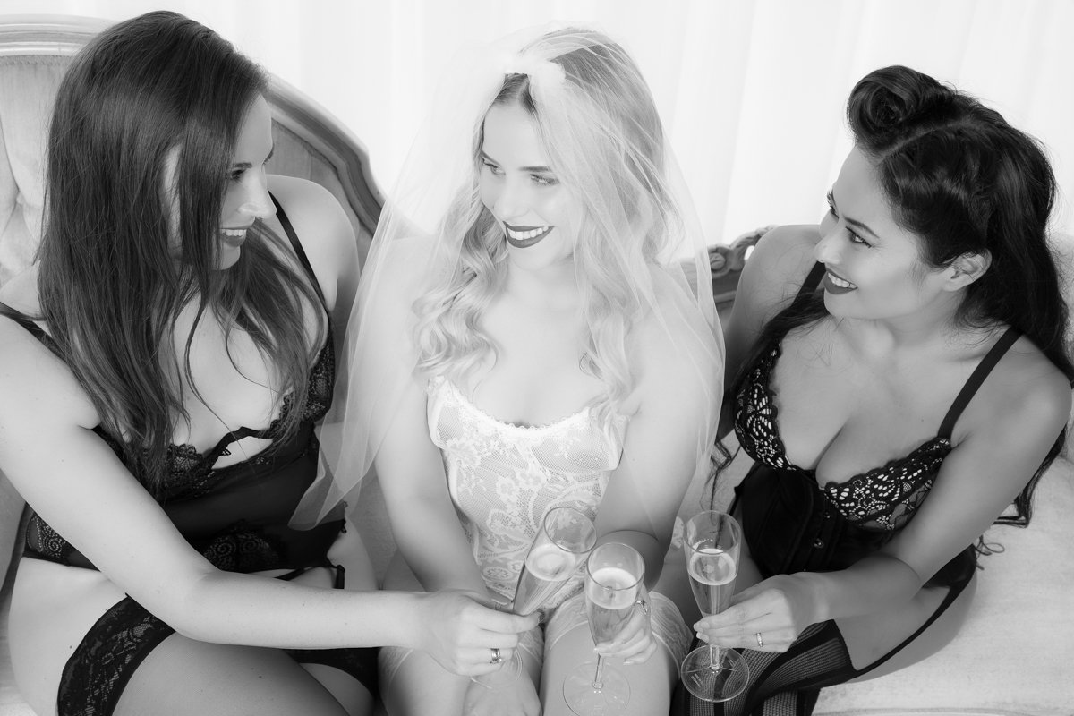 Bachelorette Boudoir Party, photography by StudioR Boudoir in Santa Cruz