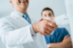 213190-clinica-medica-como-escolher-a-me
