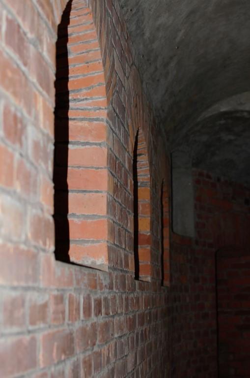 wnętrze Fortu Barycz