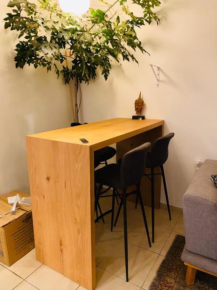שולחן ח' מעץ אלון