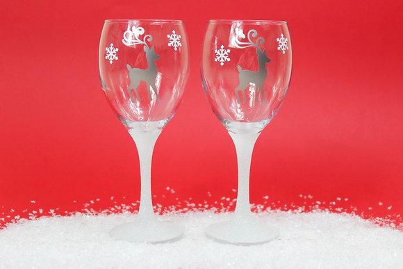 Reindeer Glitter Wine Glass