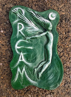 Green-stone-fairy-garden-wall-ornament-gift