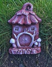 Red-Fairy-Door-Gift