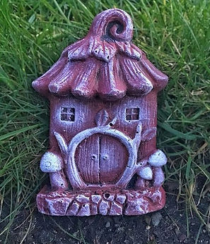 Mythical-Red-Garden-Ornament-fairy-door-