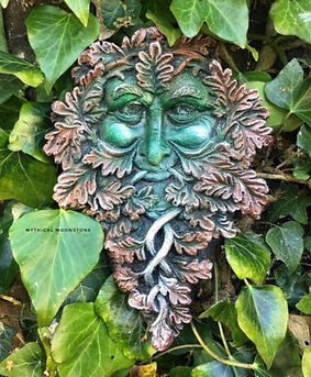 orange-smiling-stone-green-man-garden-wall-ornament-gift
