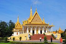 Palais Royal à Phnom Penh, asie a la carte by asieland