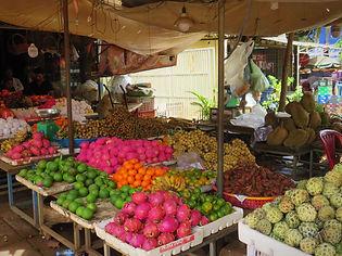Marché aux fruits à Ratanakiri
