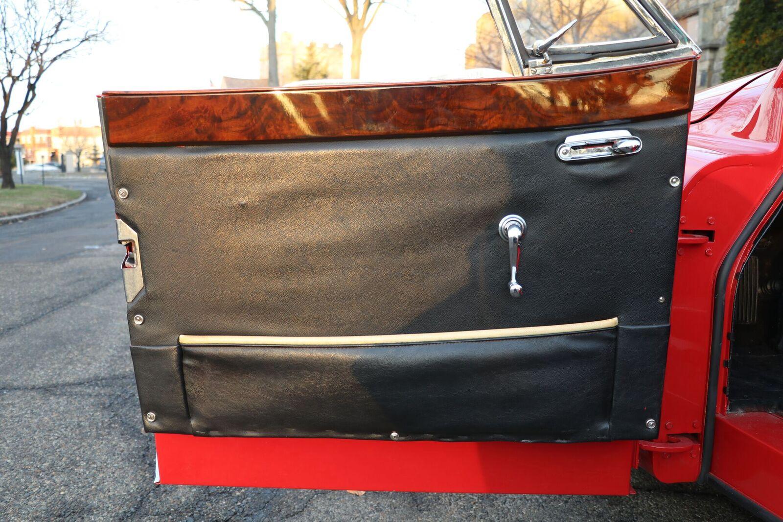 # 22164 1957 Jaguar XK150 Red (26)_preview