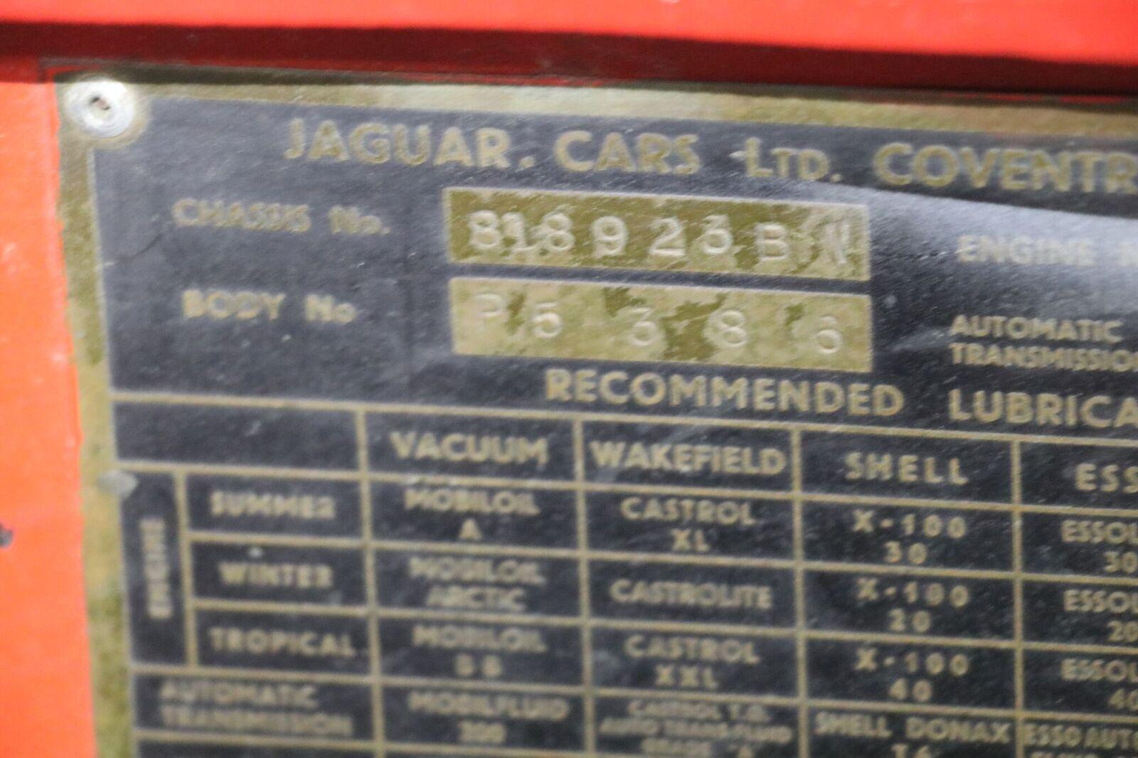 # 22164 1957 Jaguar XK150 Red (50)_preview
