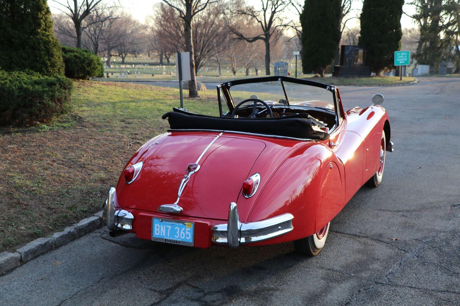# 22164 1957 Jaguar XK150 Red (10)_preview