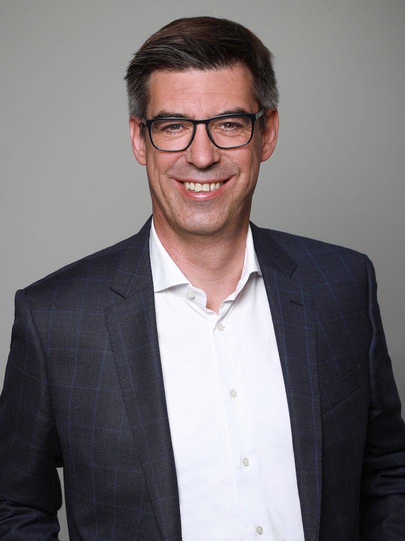 Dr. Steffen Leicht