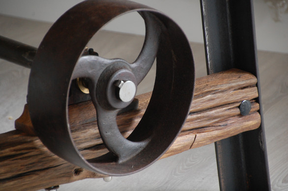 Old Mill Cafe Furniture 2021 - Pulley Table