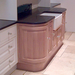 Curved Door with Plinth