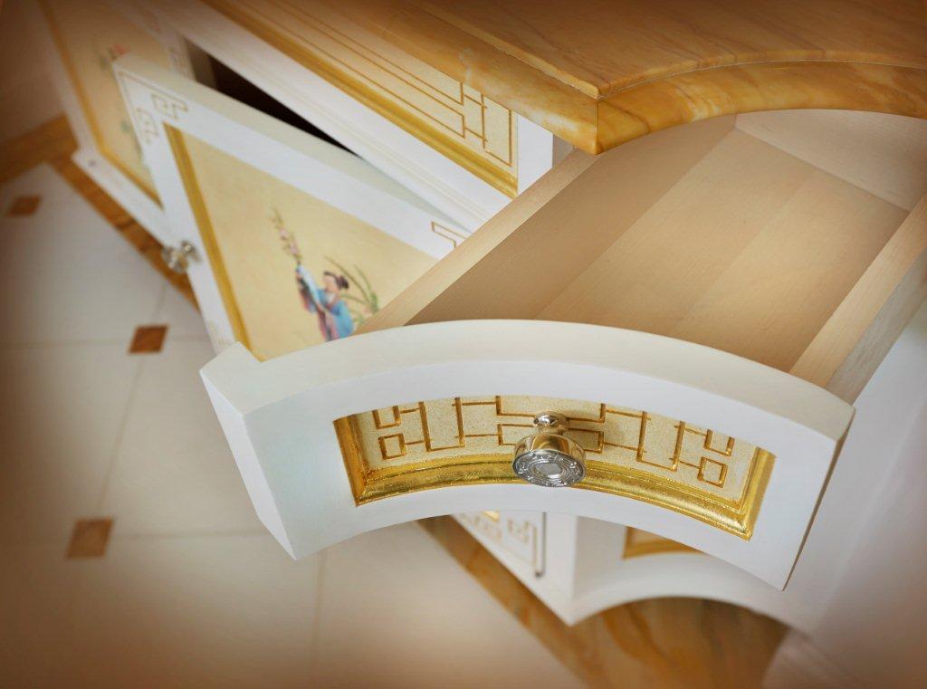 Lansborough Hotel Vanity