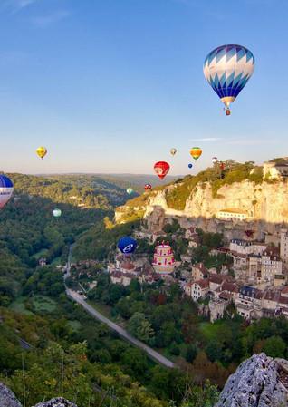 stock-photo-rocamadour-montgolfiades-201