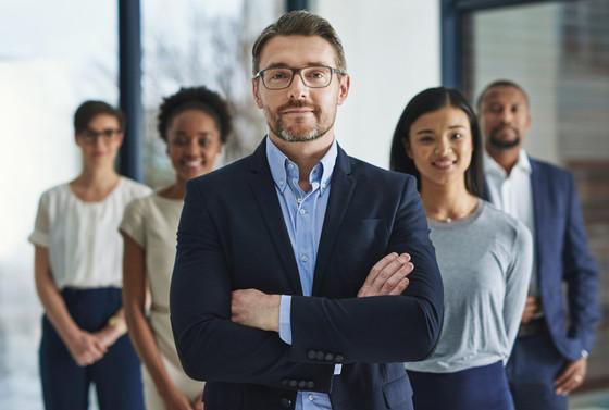 Evaluating Your Next BI Resource: Three Common Comparisons
