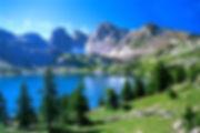 Photo_7_-_Lac_et_sommets_enneigés.jpg