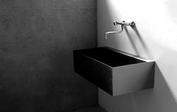 Waschbecken aus Edelstahl