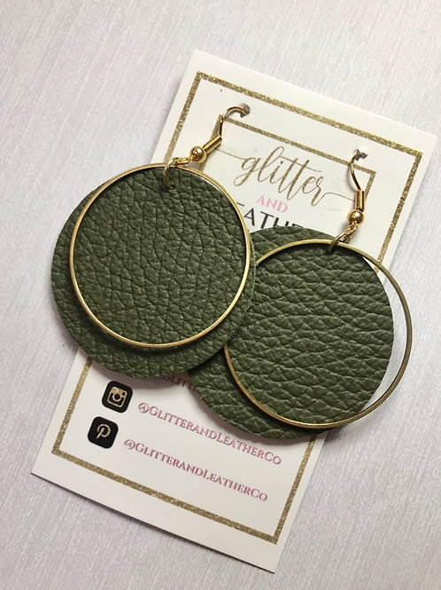 Forest layered gold hoop