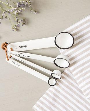 measuring spoon.jpg