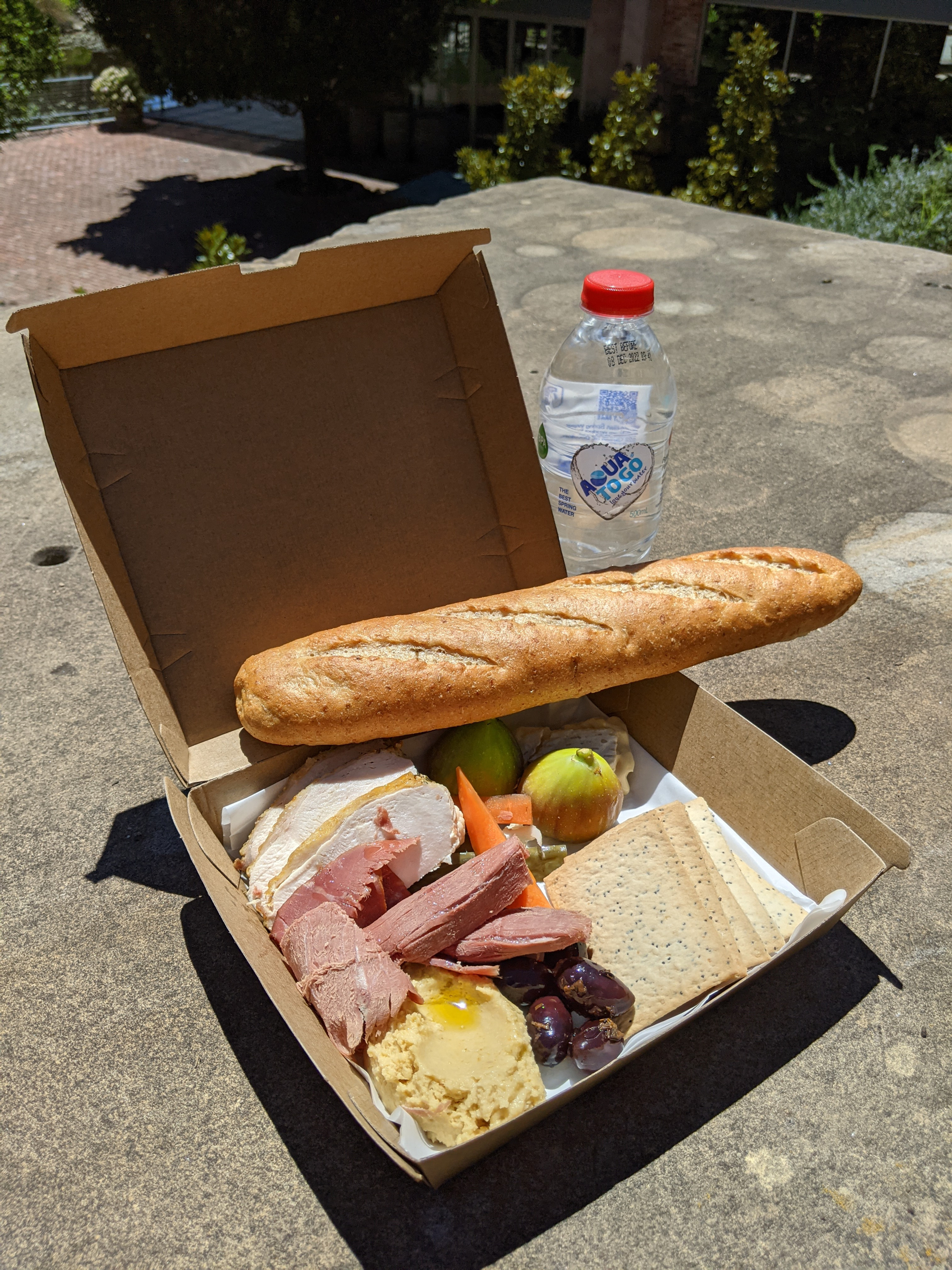 Picnic Box For One Adult (Halal)