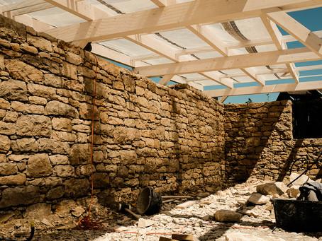 Fertigstellung Kalksteinmauer in Nürensdorf