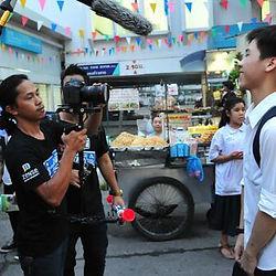 Do me a faovr in Thailand.jpg
