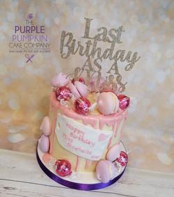Pink drip Little Miss cake