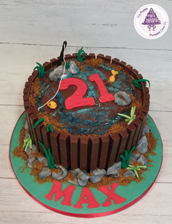Kitkat fishing cake