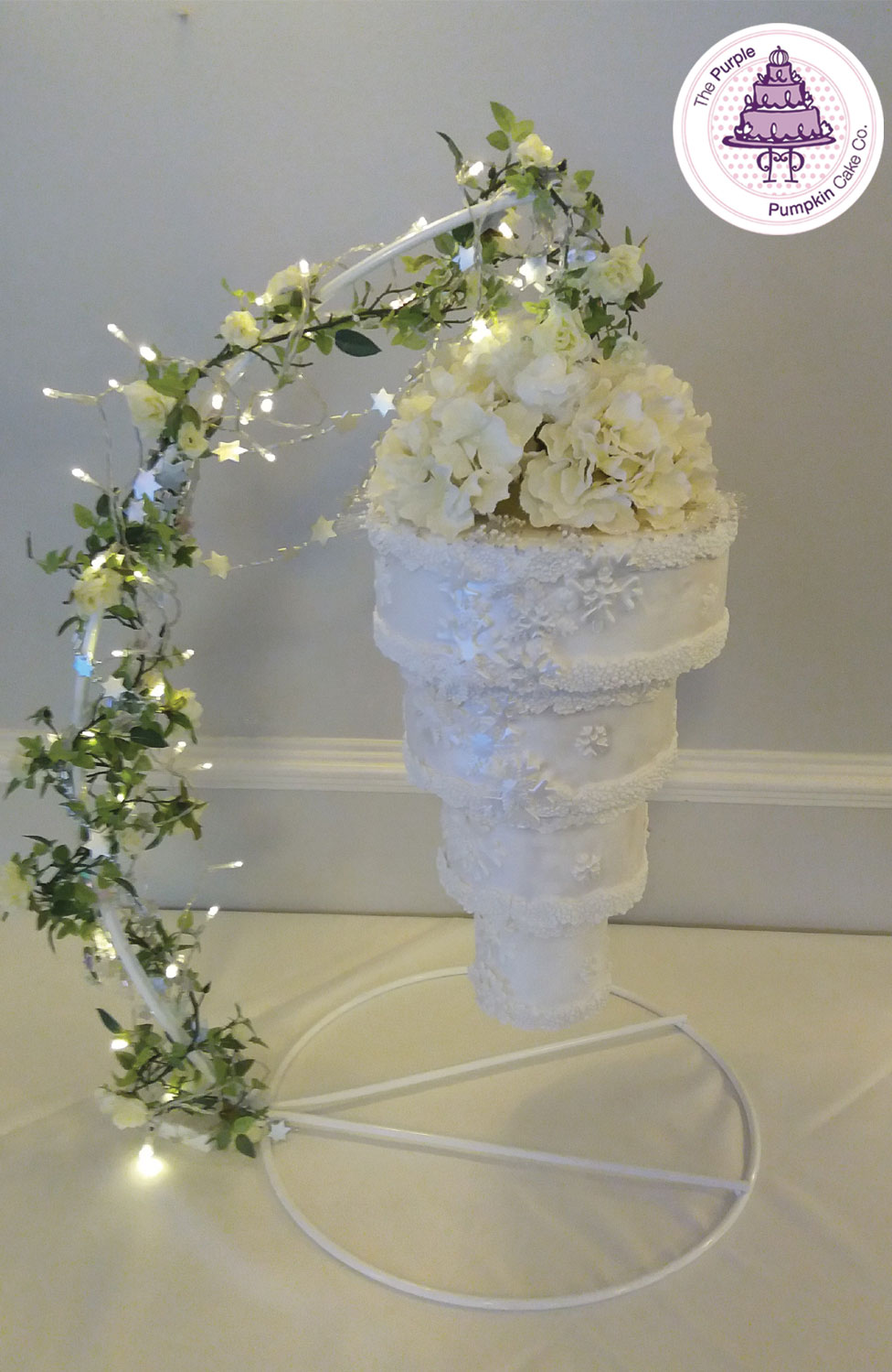 chandelier-snow