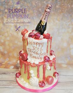 Prosecco drip cake