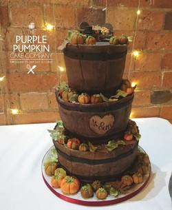 Pumpkin Barrel wedding cake
