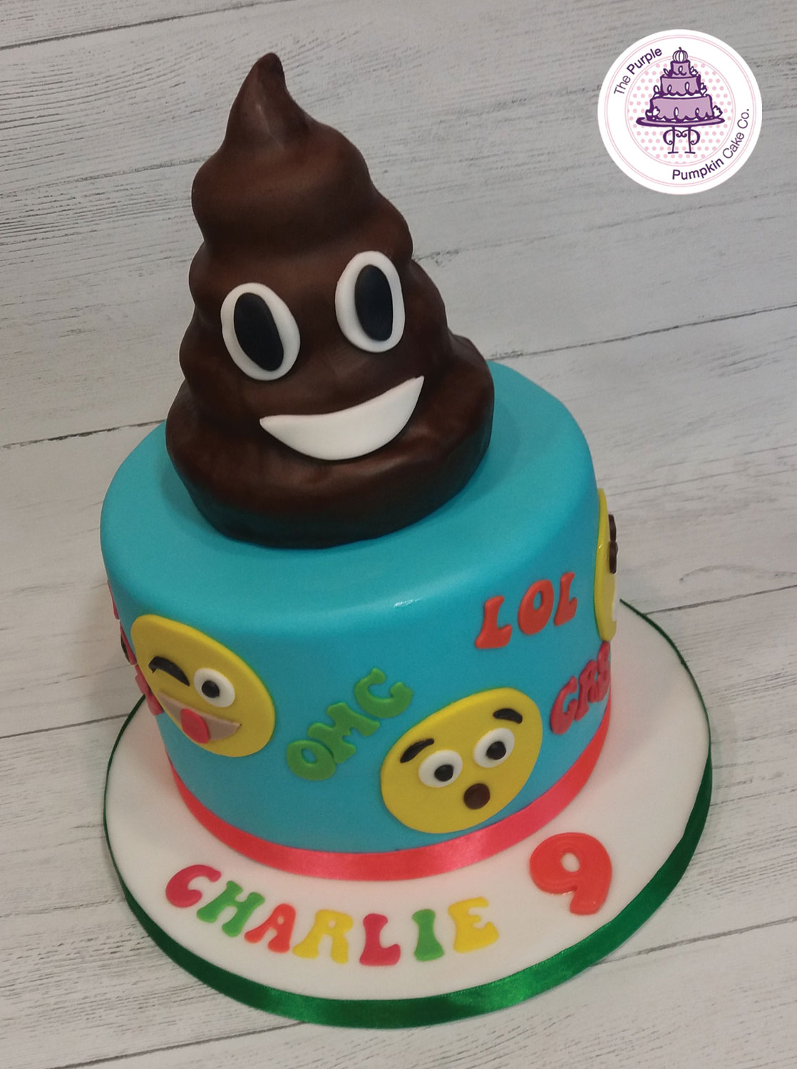 emoji cake and emoji poo
