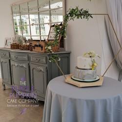 Grey and gold hexagon wedding cake