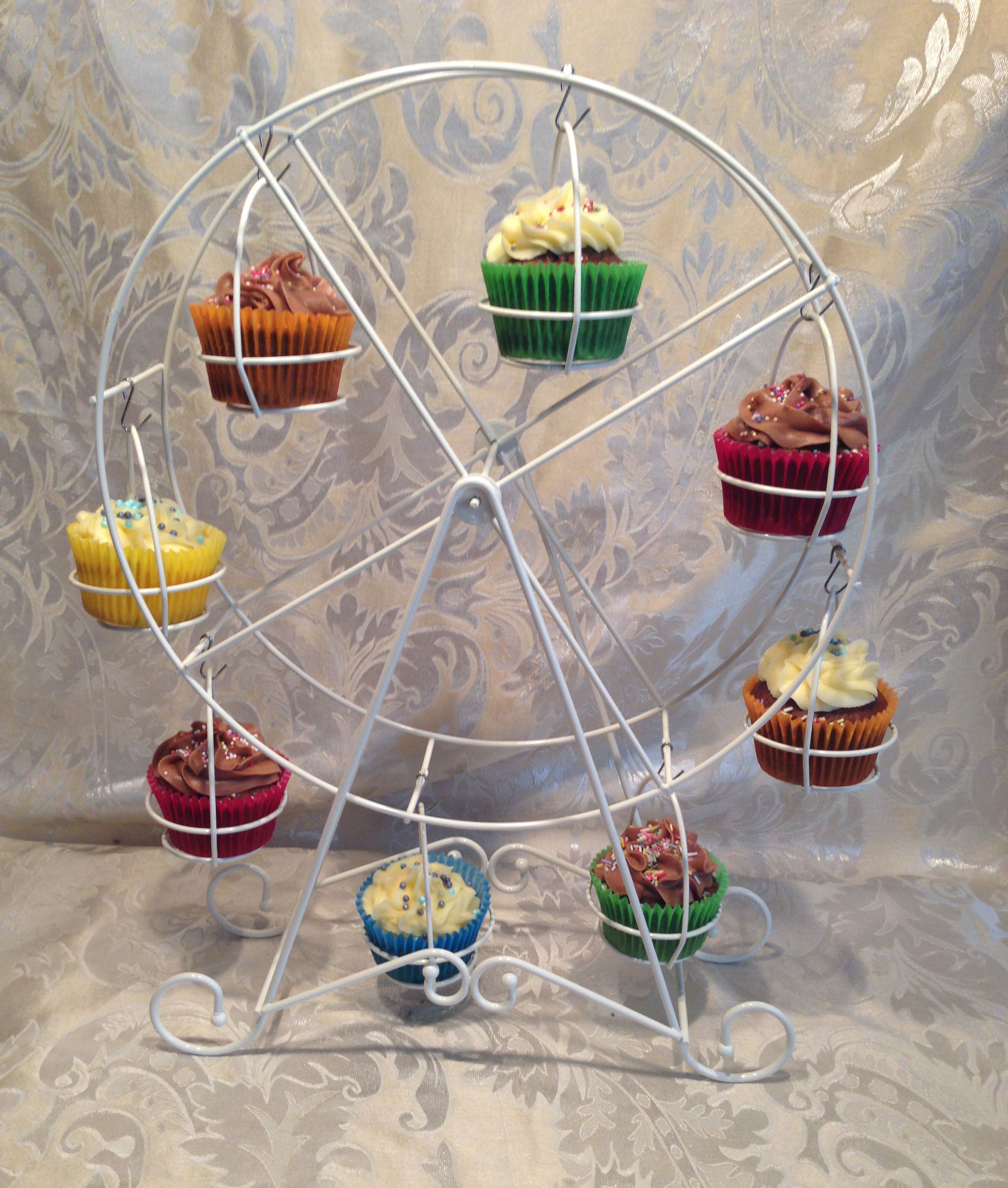 Cupcake Ferris wheel, two available