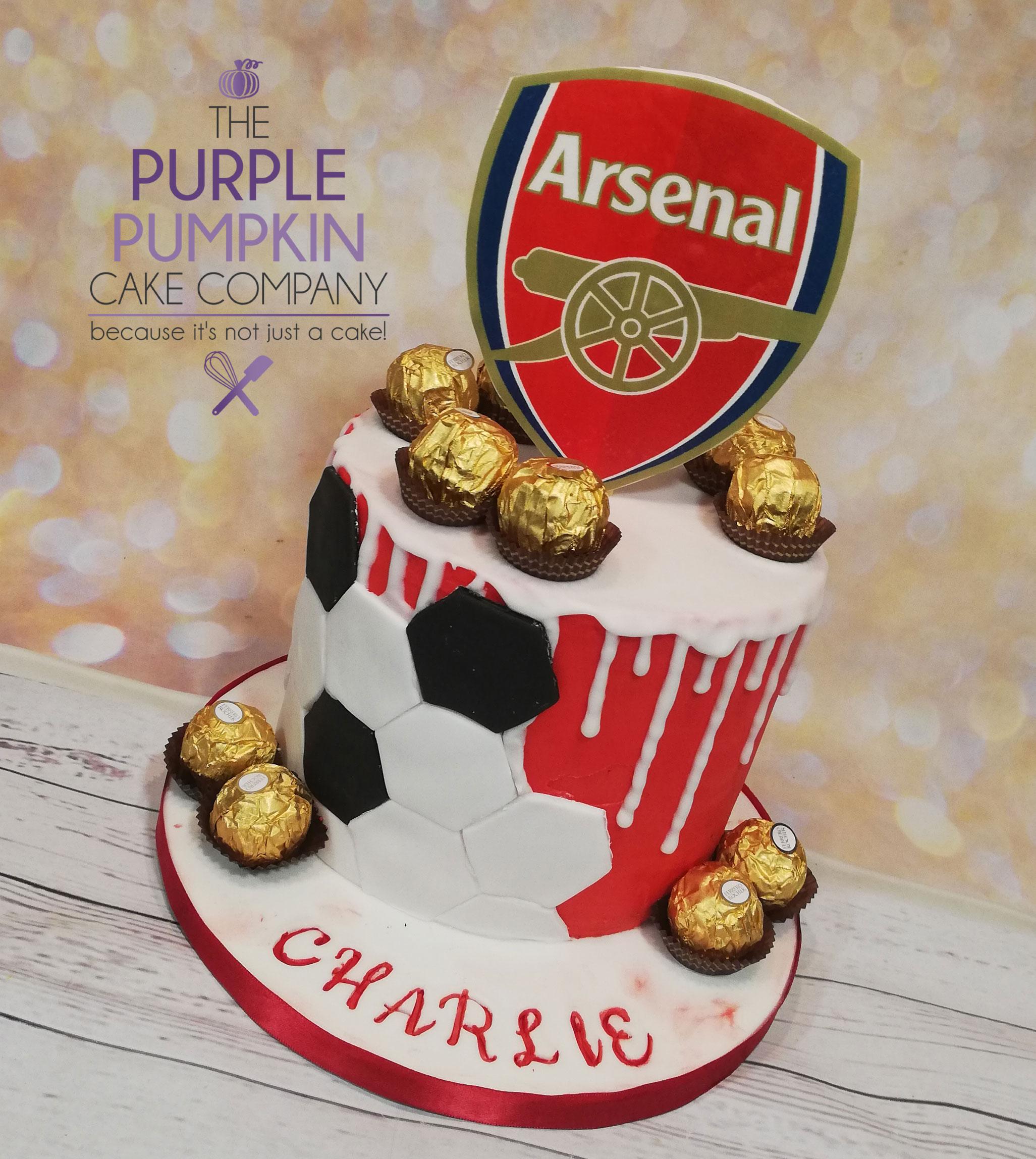 Arsenal themed drip cake
