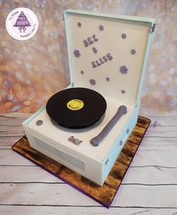 CBBC Marrying mum and dad cake