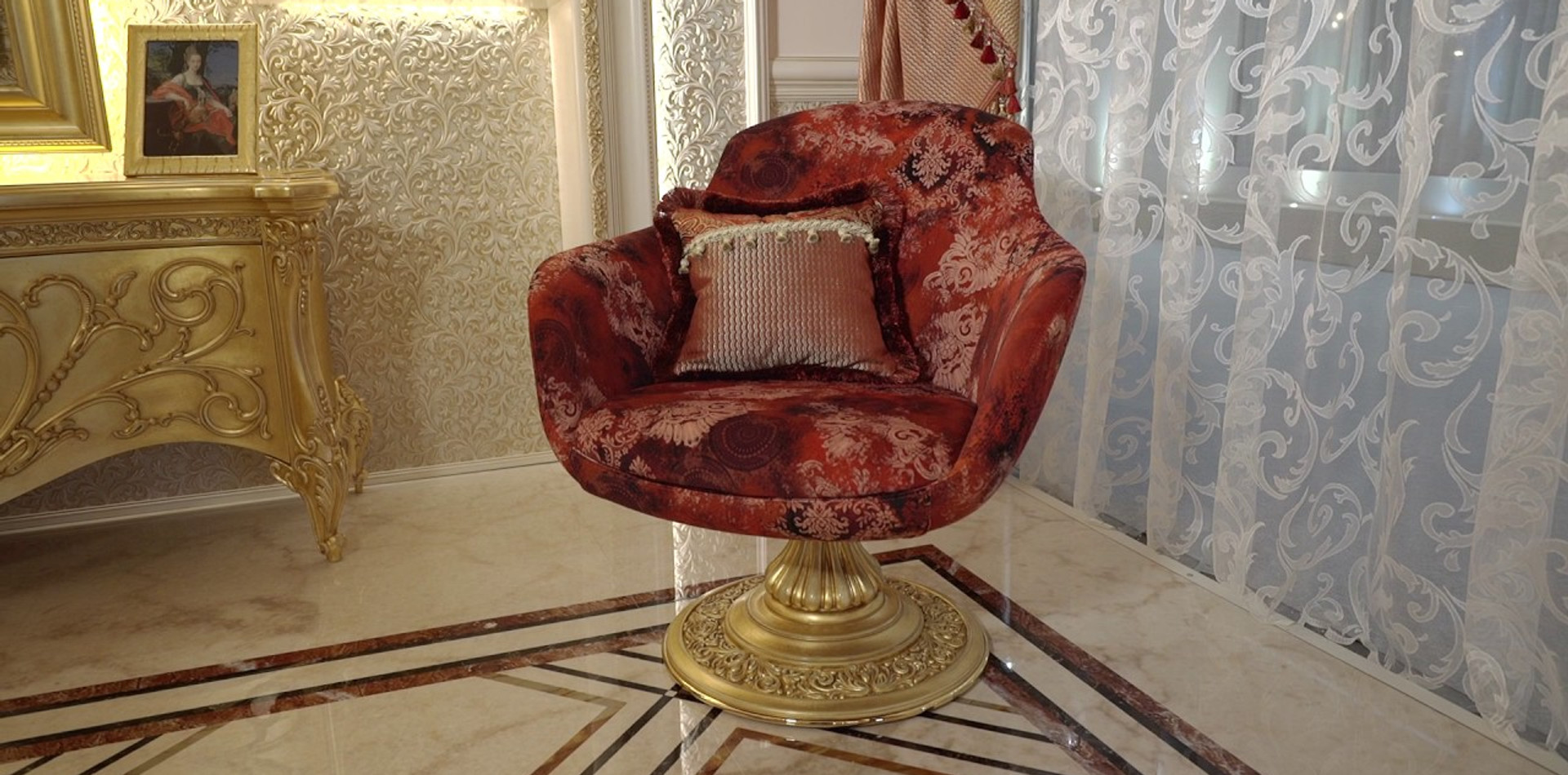 Antiques reproductions