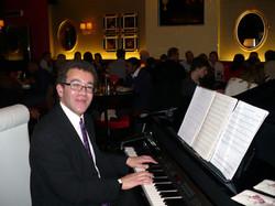 London restaurant performance