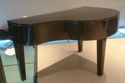 Piano shell - rear profile