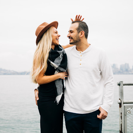Jen + Patrick | Alki Beach Engagement Session