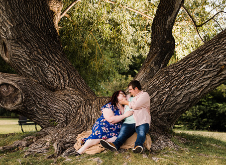 Collette + Jordan | Fun Summer Park Engagement Session