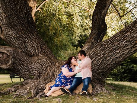 Collette + Jordan | Fun Summer Park Engagement Session