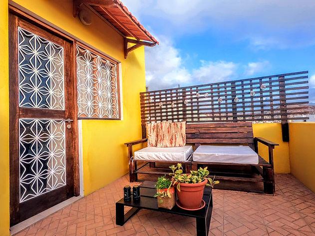 Oxygen room - terrace.jpg