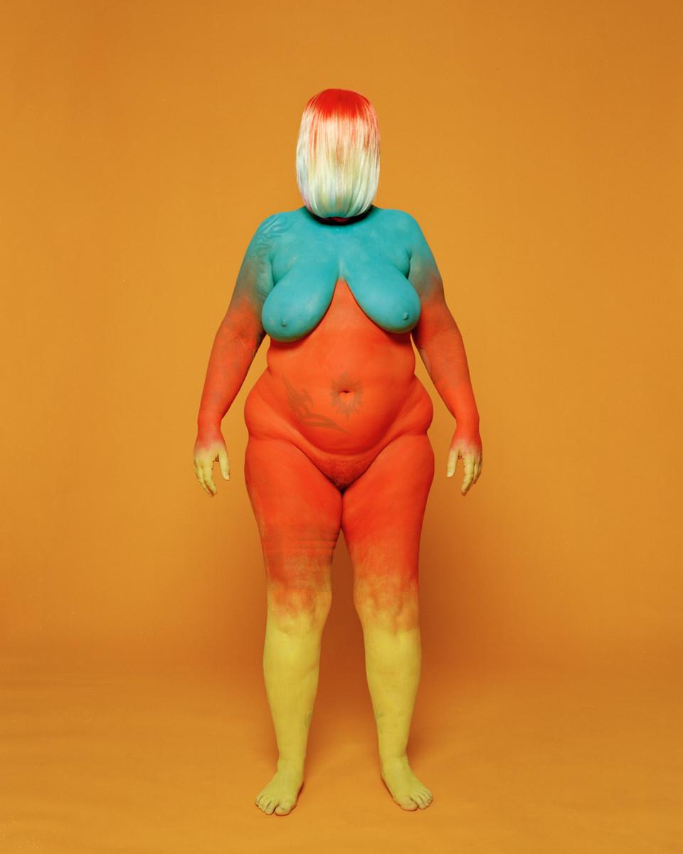 Womaneroes by Eliska Kyselkova 02.jpg