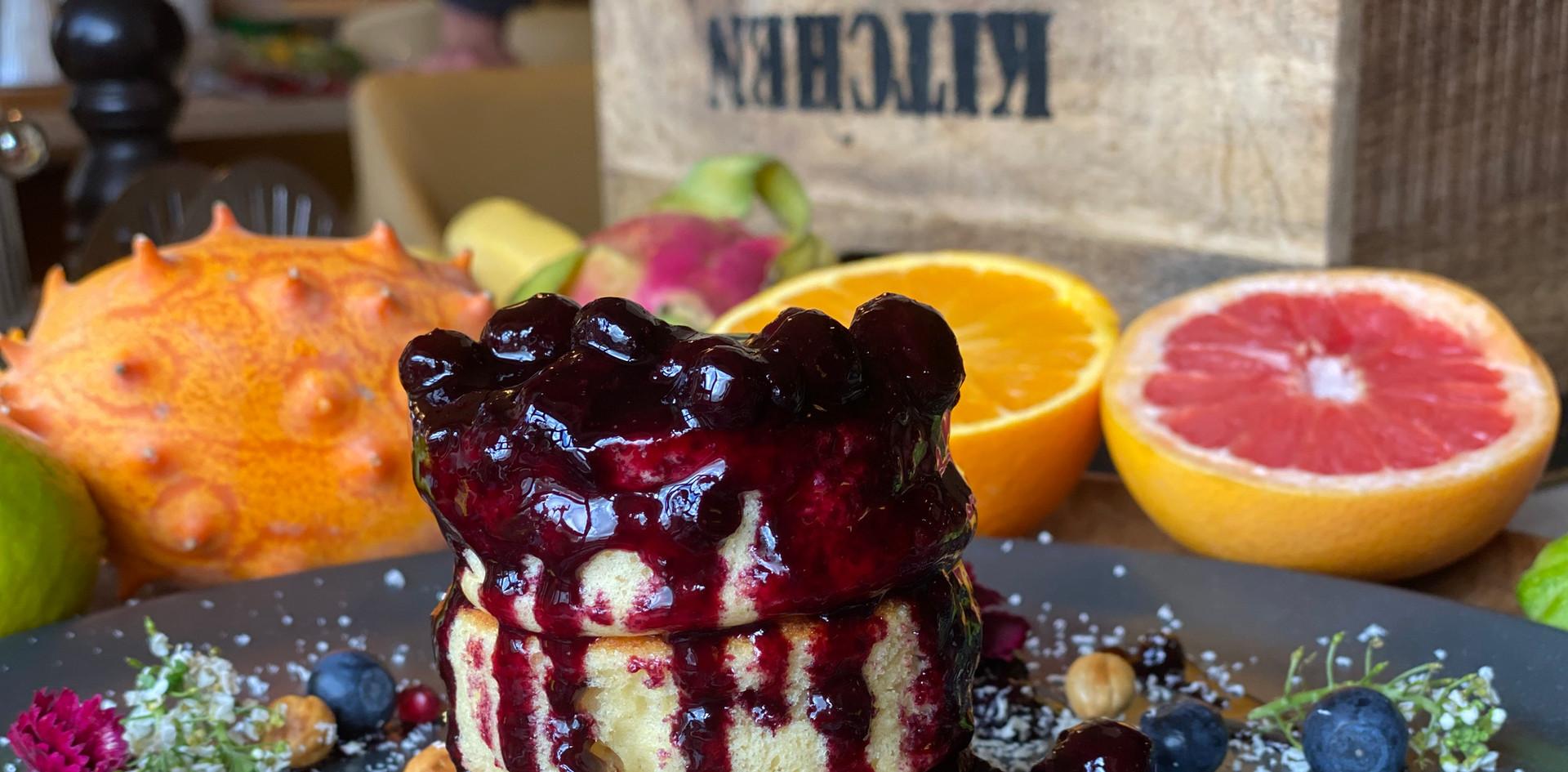 Blaubeer pancakes Frühstücks-Manufaktur - Hotel Wegner - The culinary Art Hotel