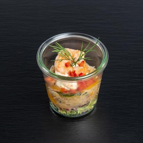 Glasnudel-Salat mit gegrillten Garnelen und Ingwer-Chili-Dip
