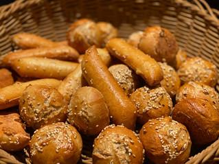 Frische Brötchen Lunch & Sweet im Hotel Wegner - the culinary art hotel