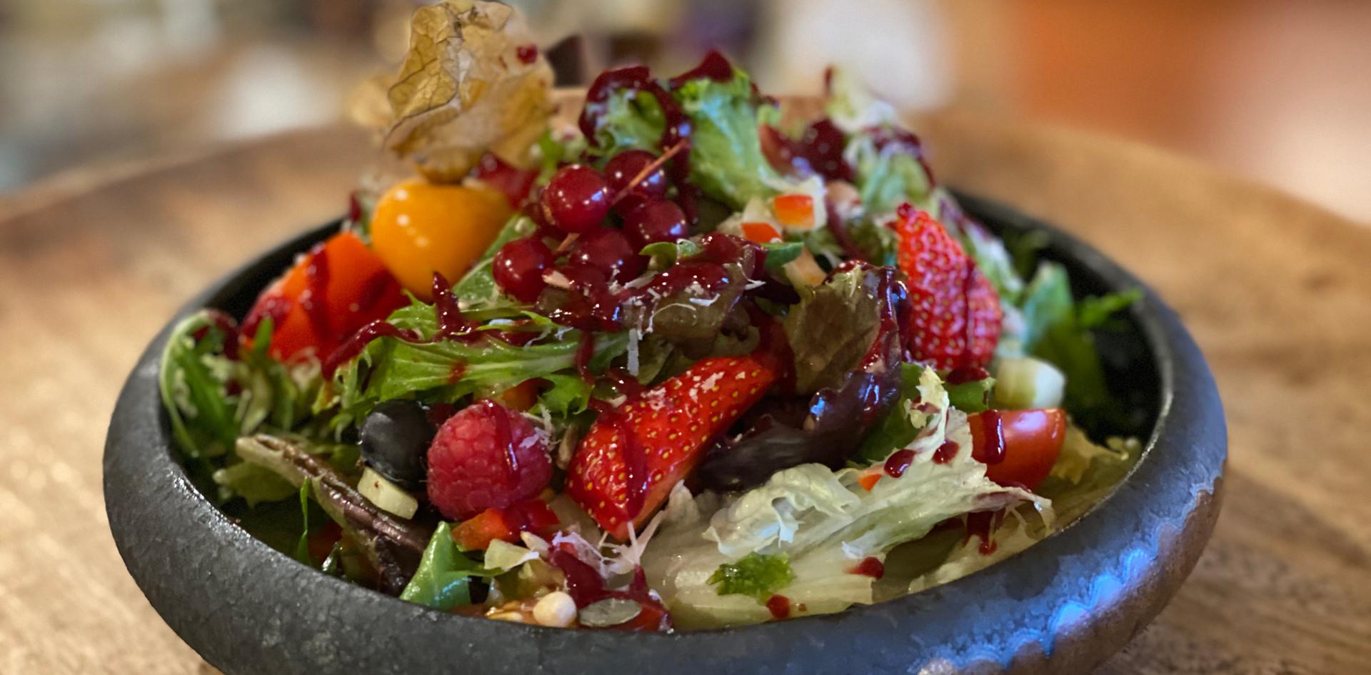 Salat Restaurant Dinner - Hotel Wegner - The culinary Art Hotel