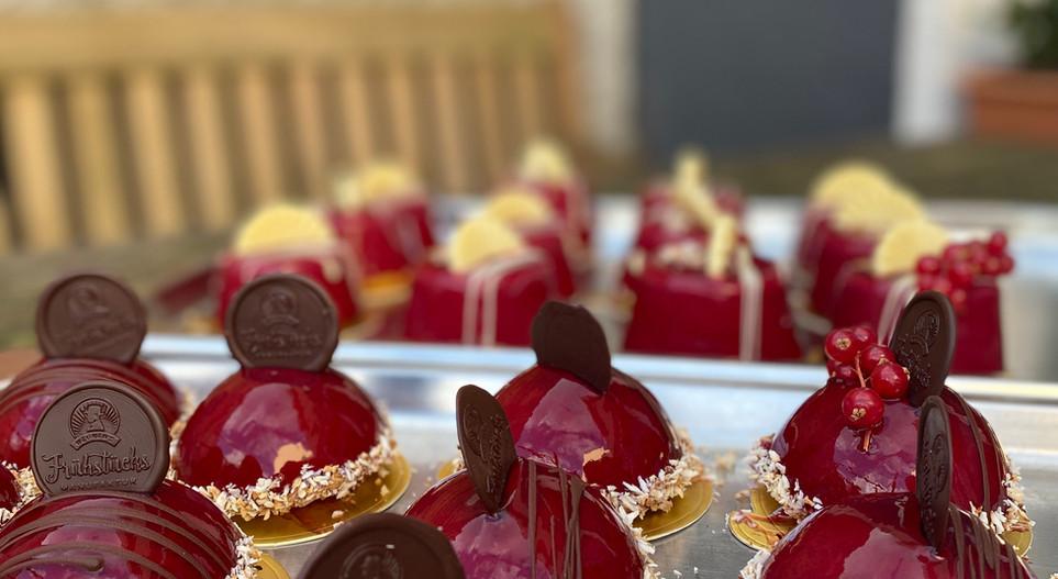 selbstgemachte Törtchen Lunch & Sweet - Hotel Wegner
